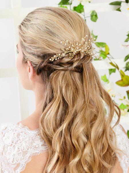 AR559 – handmade crystal & pearl veil comb in gold