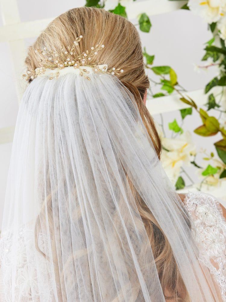 ar559 bridal hair comb with veil