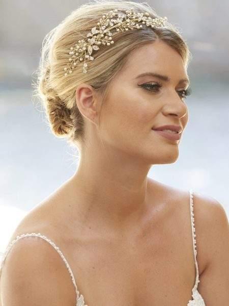 AR565 – side headband with pearl, crystal & diamante leaves