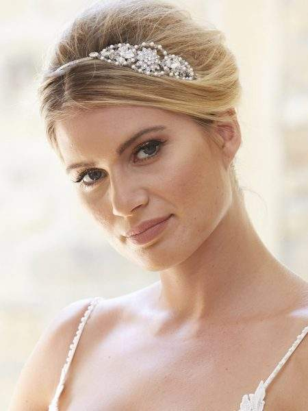 AR568 – pearl, crystal & diamante side headband