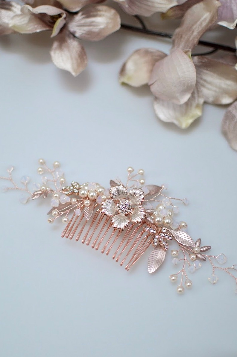 AR573 – rose gold, pearl & white opal bridal comb 2
