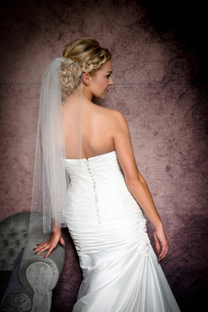 Veil with pearls and diamantes