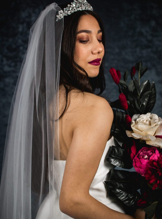 Charlotte – one layer floor length veil with a pencil edge (3)