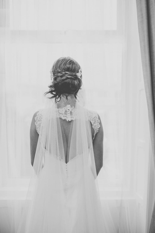 Diana Elegant Hand Cut Chapel Length Drape Veil In Silk Effect Tulle