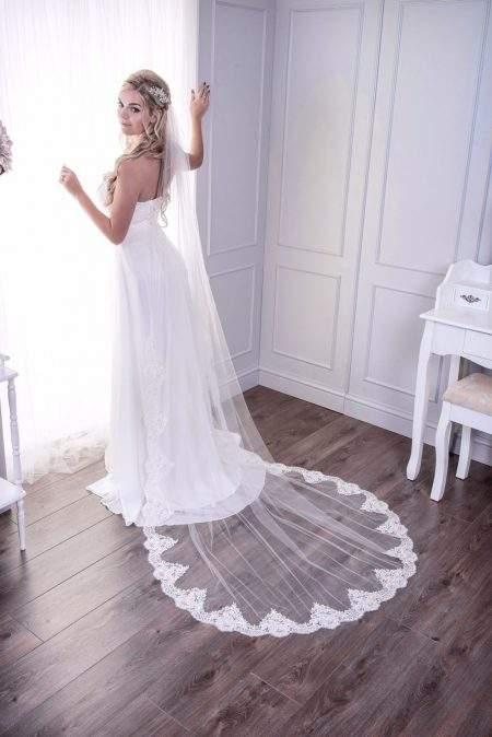 Grace – one layer chapel length demi lace edge veil