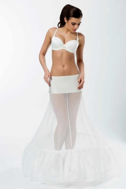 BP1-320 – Elasticated 320cm (126inch) A-line bridal underskirt with two hoops