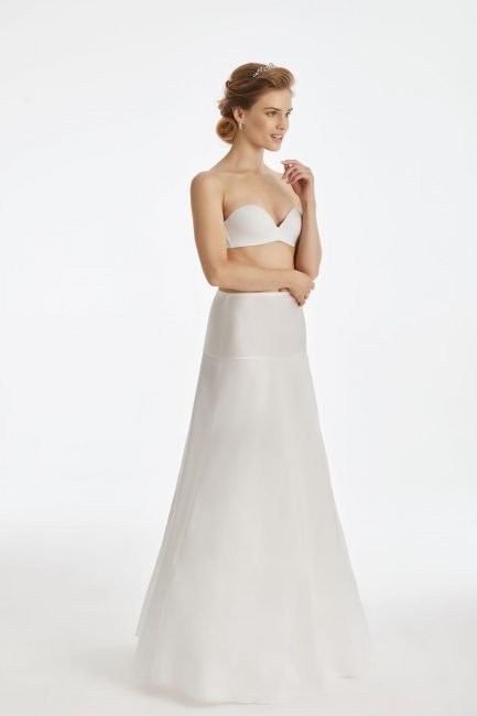 BP26 – elasticated A-line bridal underskirt with no hoops