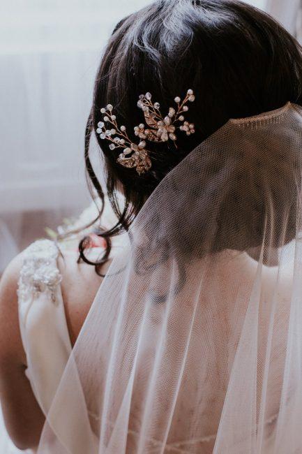 HP2935 bridal hair pin