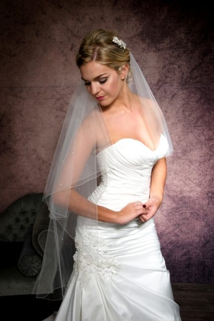 ingertip length veil with diamantes