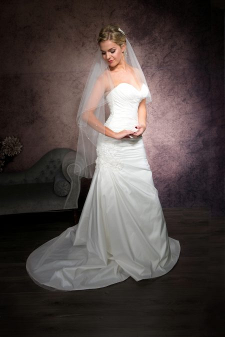 Kayleigh – two tier fingertip length veil with diamantes