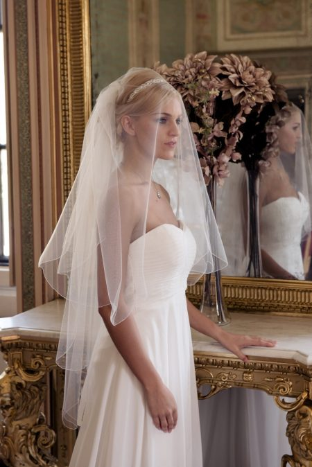 Kimberley – two layer fingertip length veil with a scalloped edge