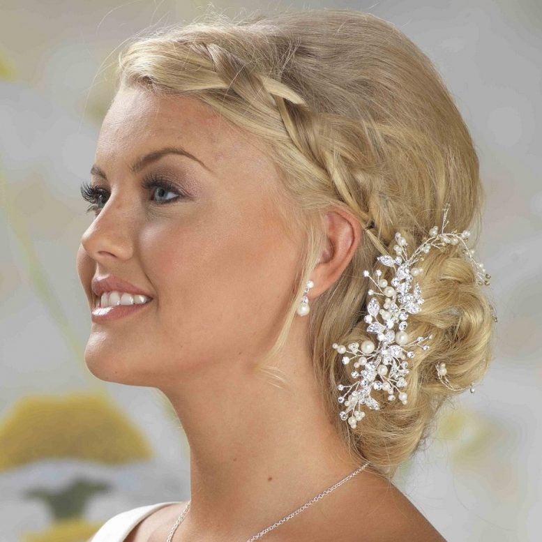 LP675 bridal comb