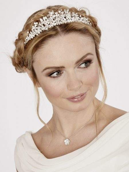 LT485 – clear crystal and diamante flower tiara