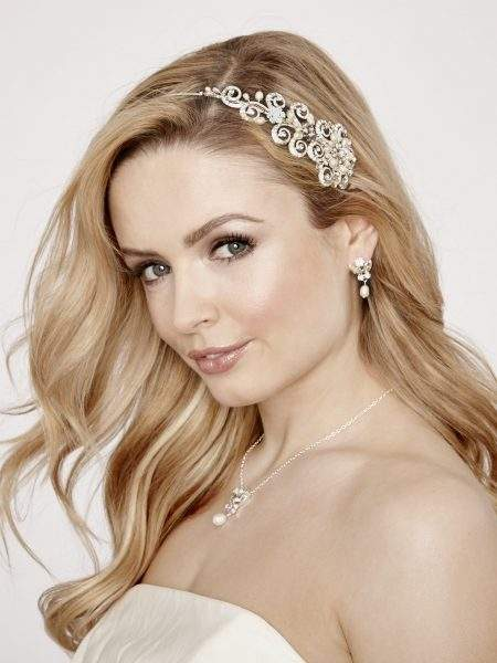 SALE! LT544 – pearl & diamante scroll effect headband