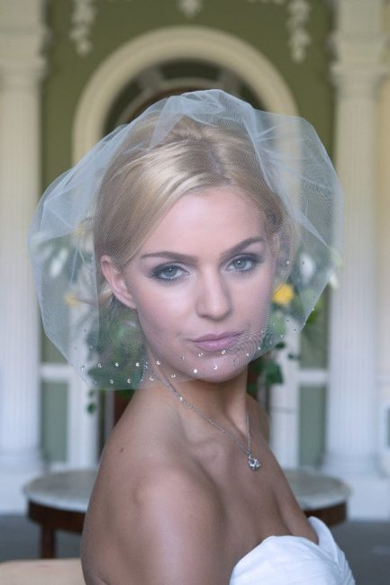 Maddison – Soft tulle birdcage veil with diamante edge