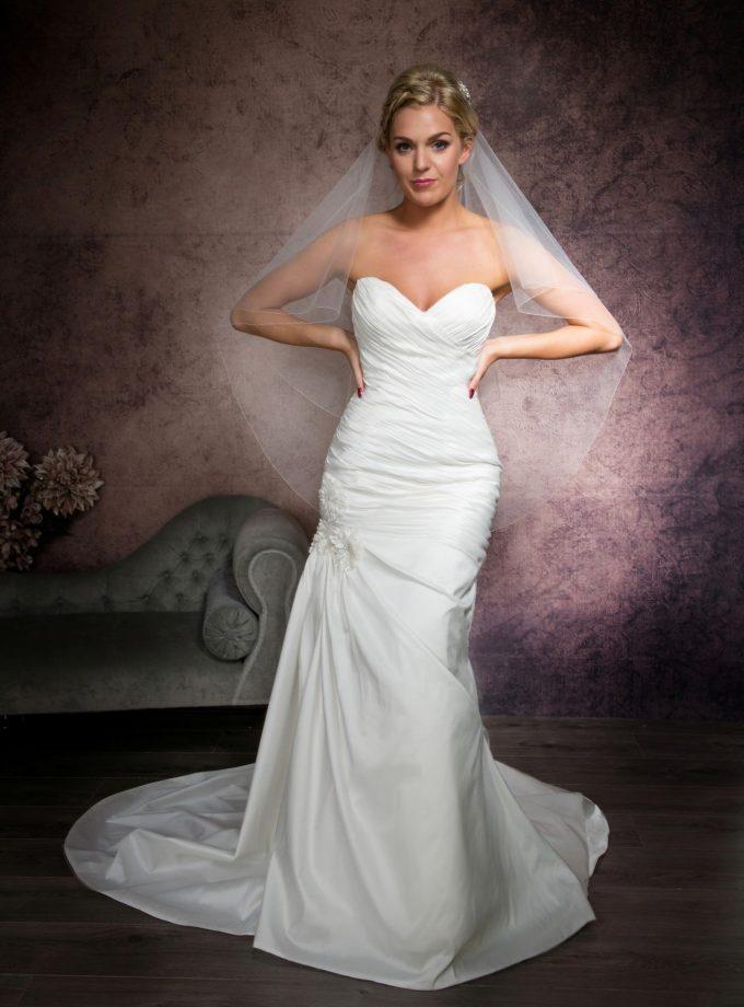 two layer hip length bridal