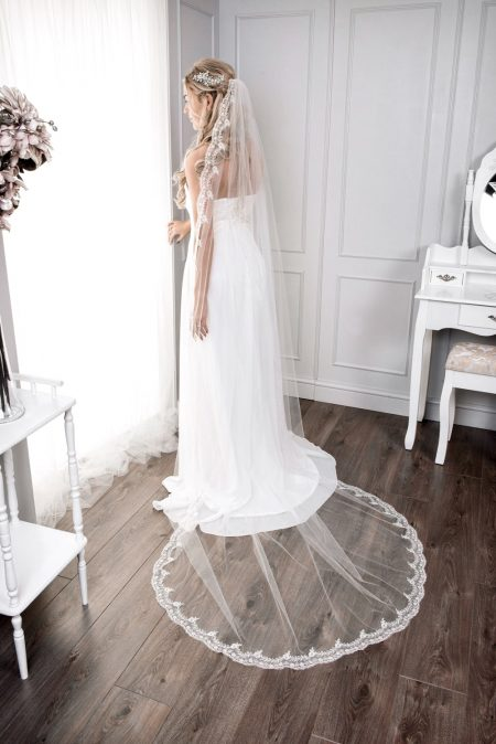 Rose – one layer chapel length veil with full lace edge