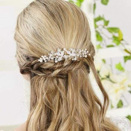 AR552 – pearl, diamante & crystal bridal hair comb