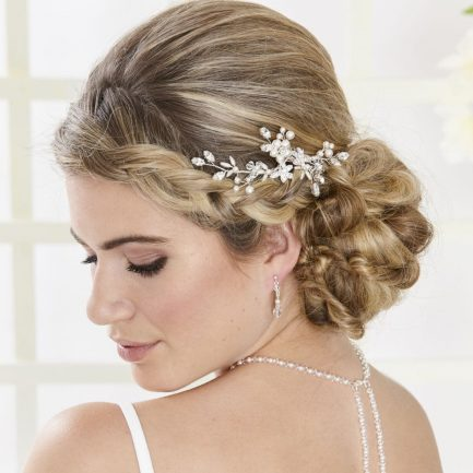 AR554 – hand wired diamante & pearl bridal hair comb