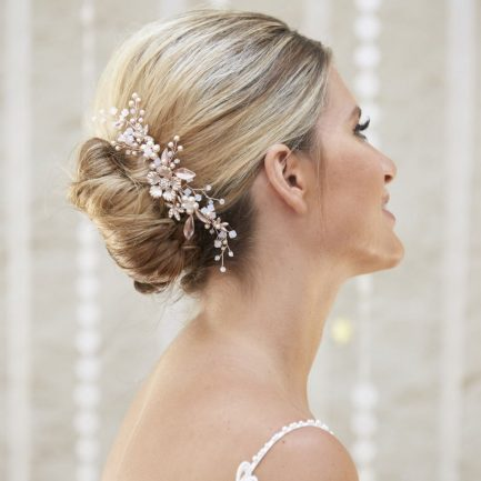 AR573 – rose gold, pearl & white opal bridal comb