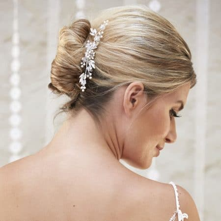 AR578 – crystal, pearl & diamante bridal comb