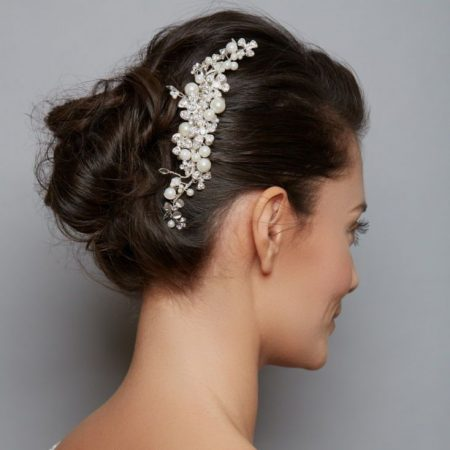 AW1072 – pearl & diamante bridal comb
