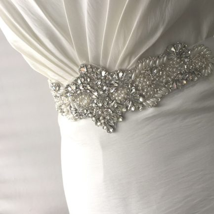 LBE364 – beaded bridal belt with pearls & clusters of teardrop rhinestones