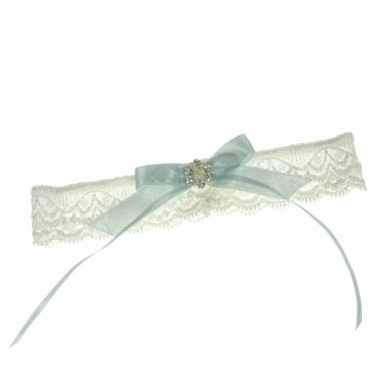 LG640 – narrow bridal garter in soft lace with a blue bow