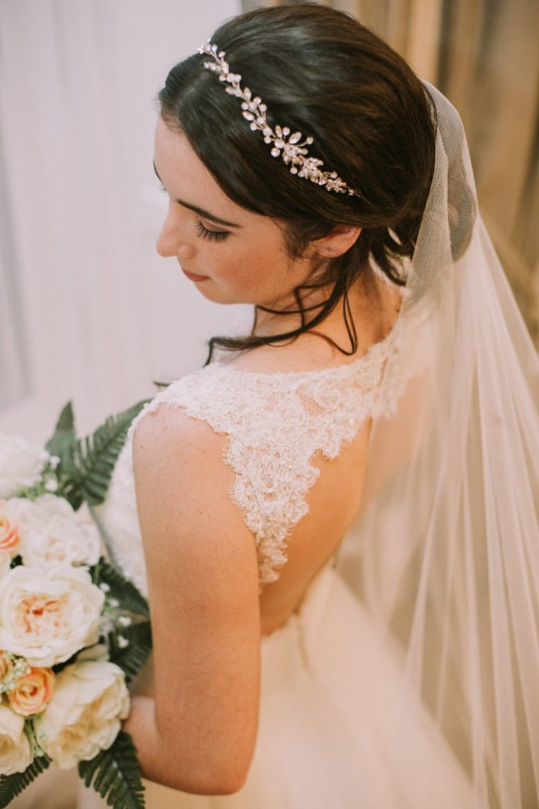waterfall cut veil