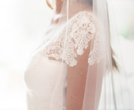 "Beautiful bride Olivia in our ""barely there"" veil – Sia!"