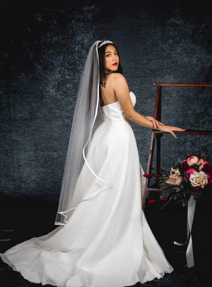 CAMILLA – single layer waltz length waterfall cut veil with satin edging