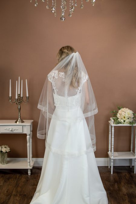 FEARNE – two tier fingertip length veil with a wide sheer ribbon edge