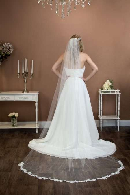 HOPE – one tier chapel length bridal veil with wavy lace appliques