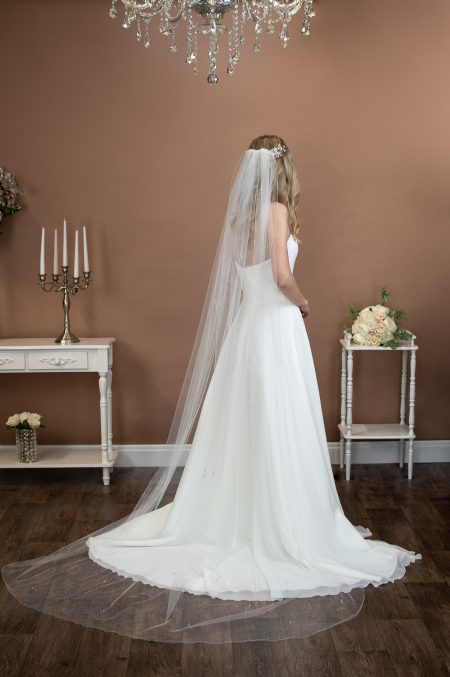 LOLA – one layer chapel length veil with a pearl and diamante design