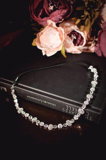 Coco - beautiful elasticated diamante hair chain closeup TLH3038